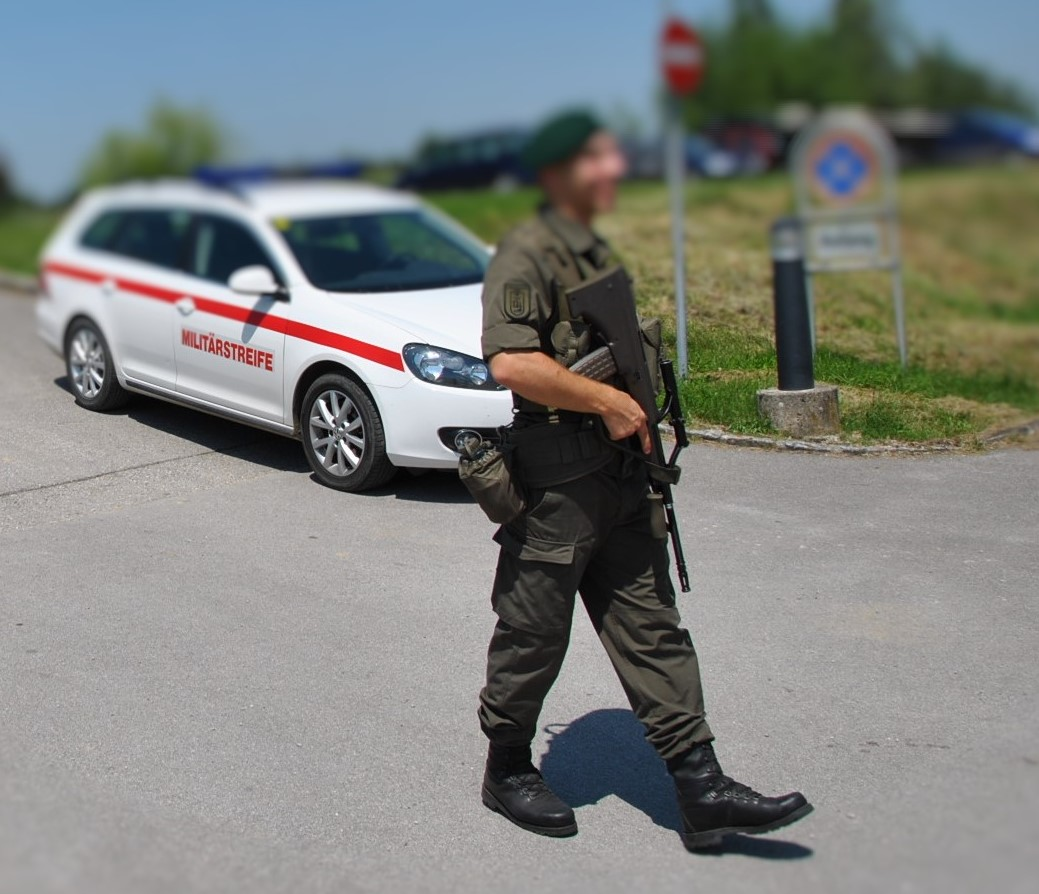 Guten Tag österreich Bundesheer Unterstützt Polizei Bei