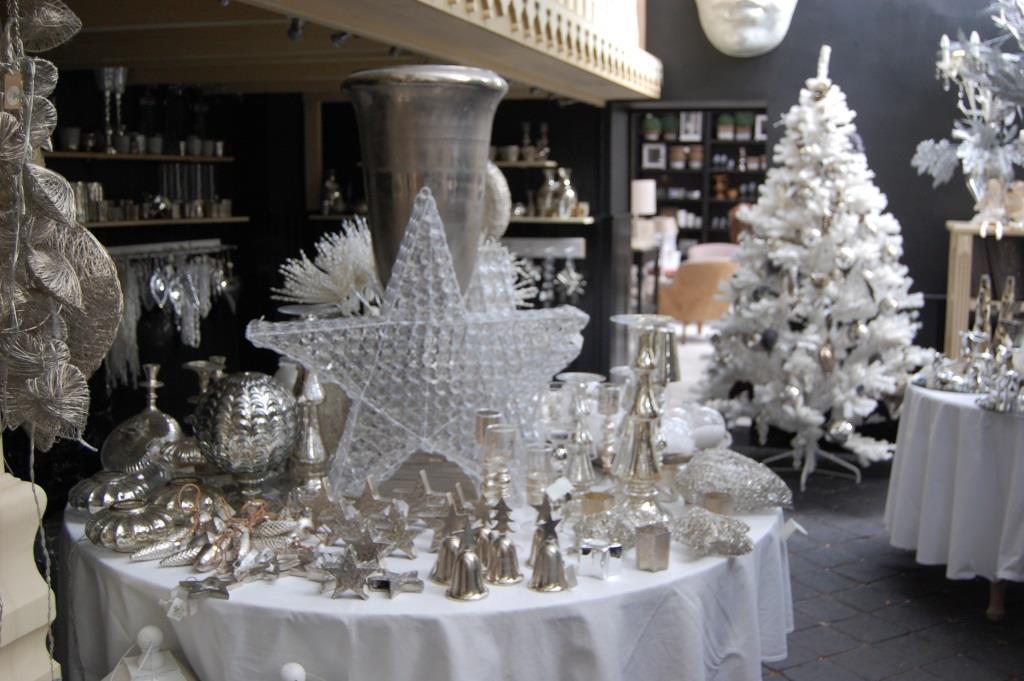 Atmosph Rischer Adventmarkt Auf Schloss Wartholz Guten