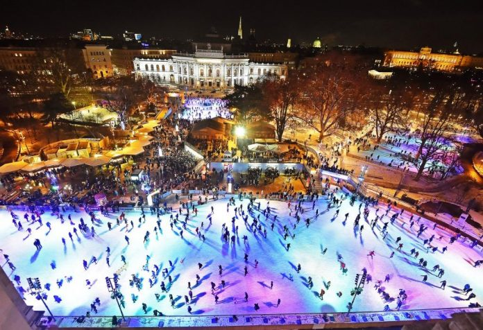 Morgen startet der finale Umbau – Der Wiener Eistraum wächst auf die neue Größe von 8.500 m² (Bildquelle: stadtwienmarketing)