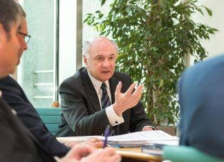 Landeshauptmann Dr. Erwin Pröll gab einen Rückblick über die zurückliegenden 25 Jahre der Kulturpolitik in Niederösterreich. (Bildquelle: NLK / Burchhart)