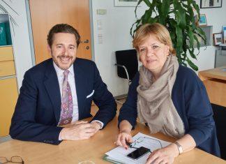 (v.l.n.r.): Staatssekretär Dr. Harald Mahrer und Landesrätin Mag. Barbara Schwarz (Bildquelle: Büro LR Schwarz)