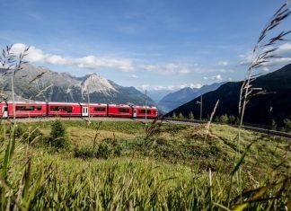 ALLEGRA-Triebzug bei der Alp Grüm (Bildquelle: Rhätische Bahn / Andrea Badrutt)