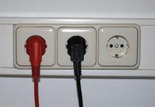 Energie-Anbieterwechsel kann jährlich bis zu 989 Euro sparen. (Bildquelle: ReschMedia)
