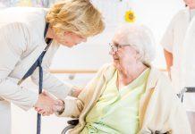Landesrätin Mag. Barbara Schwarz möchte die mobile Betreuung und Pflege in NÖ weiter forcieren. (Bildquelle: Gerald Lechner)