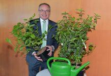LH-Stellvertreter Dr. Stephan Pernkopf freut sich über den Erfolg des NÖ Heckentages (Bildquelle: NLK Burchhart)