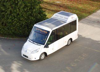 Niederflur Elektrobus mit Solarpanels (Bildquelle: K-Bus GmbH / Marjan Kozel)