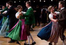 Schwungvoller Ballabend in festlicher Tracht beim NÖ Bauernbundball (Bildquelle: Helmut Lackinger)