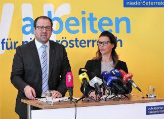 VPNÖ-Landesgeschäftsführer LAbg. Bernhard Ebner und Schauspielerin Sabine Petzl präsentieren die neue Initiative #sonicht. (Bildquelle: Thomas Resch)