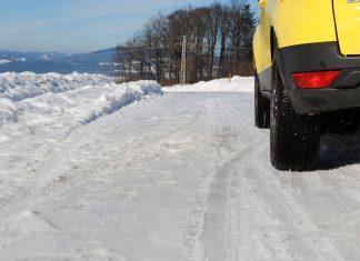 Eine regelmäßige Autowäsche ist auch während der kalten Jahreszeit unerlässlich (Bildquelle: Michaela Resch)