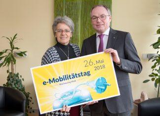 Wirtschafts-Landesrätin Dr. Petra Bohuslav & LH-Stellvertreter Dr. Stephan Pernkopf (Bildquelle: NLK NLK Filzwieser)
