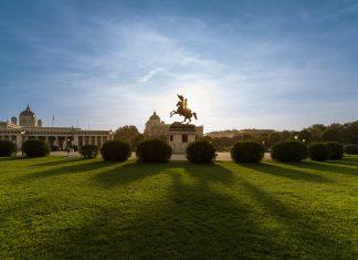 Grünflächen und historische Architektur sind einer der vielen Gründe für arabische Reisende, nach Österreich zu kommen (Bildquelle: WienTourismus/Christian Stemper)