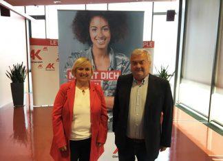 (v.l.n.r.): Leiterin der Abt. Bildung, Jugend und Kultur Mag.a Bernadette Hauer und AK-Präsident Dr. Johann Kalliauer (Bildquelle: Timo Hönig)