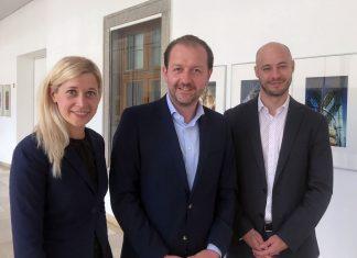 (v.l.n.r.): Stadträtin Doris Lang-Mayerhofer, Vize-Bürgermeister Bernhard Baier und Klubobmann Martin Hajart (Bildquelle: ÖVP Linz)