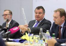 """Landesrat Günther Steinkellner appelliert: """"Sicher ist, wer Sichtbar ist"""" (Bildquelle: Land OÖ/Sandra Schauer)"""
