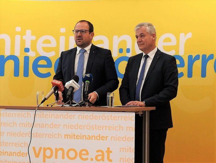(v.l.n.r.): VPNÖ-Landesgeschäftsführer Bernhard Ebner und VPNÖ - Umweltsprecher Anton Kasser bei der Pressekonferenz (Bildquelle: Thomas Resch)