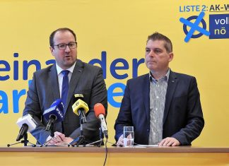 (v.l.n.r.): VPNÖ-Landesgeschäftsführer Bernhard Ebner und AKNÖ-Vizepräsident, Spitzenkandidat Josef Hager bei der Pressekonferenz in St. Pölten (Bildquelle: Thomas Resch)