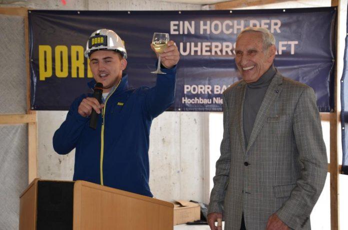 Dachgleichenfeier für neue Wohnhausanlage in Ternitz