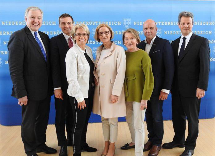 Konjunktur-Gipfel: Fachkräfte-Offensive mit 4 Arbeitsgruppen