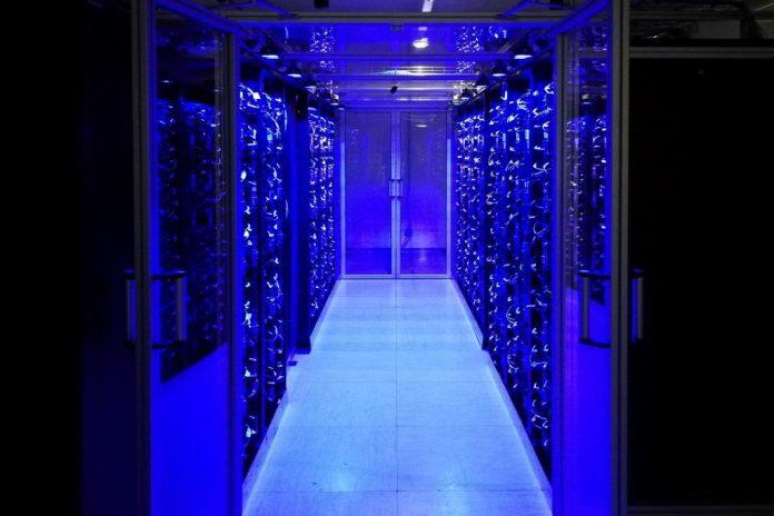Österreichs neuer Supercomputer: Der VSC-4