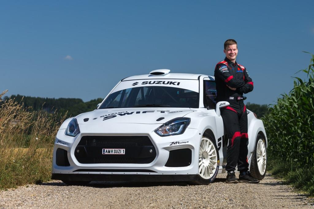 Christoph Zellhofer mit dem SUZUKI Swift ZMX Prototyp <small> (Bildquelle: Robert May) </small>
