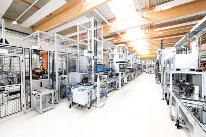 Getriebemontageanlage von PIA Automation Austria