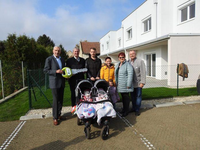 Gramatneusiedl: Neun Wohnungen und vier Reihenhäuser übergeben