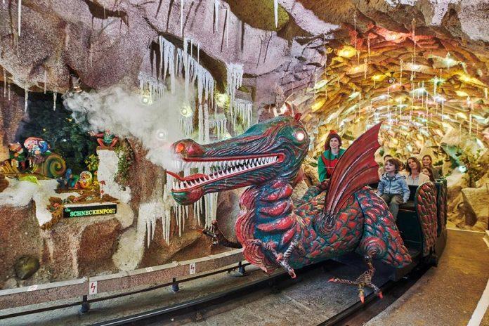 An den vier Adventsonntagen sowie am 24. Dezember öffnet die Grottenbahn traditionell ihre Pforten
