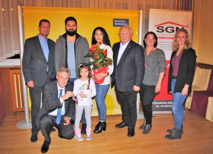 SGN-Schlüsselübergabe für neue Wohnhausanlage in Neunkirchen