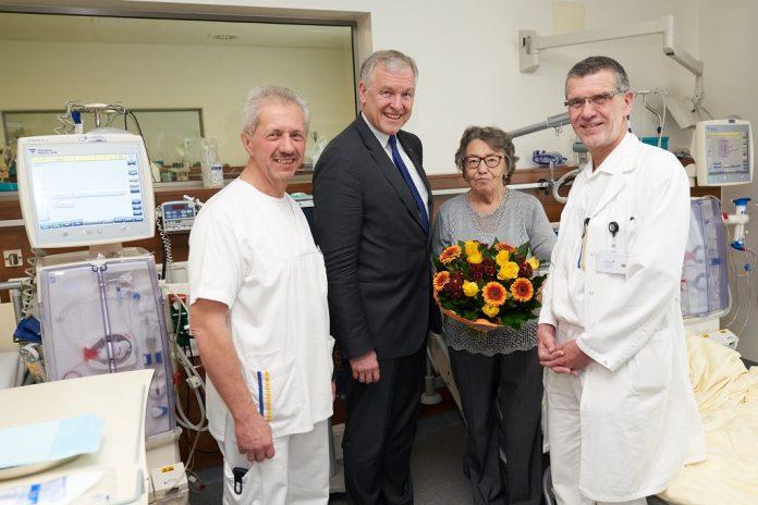 Landesklinikum Amstetten: Dialysestation feiert 50-Jahr-Jubiläum