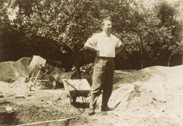 Günter Fronius legte 1945 den Grundstein für die Fronius International GmbH, die heute weltweit zu den Innovationsführern in den Bereichen Schweißtechnik, Photovoltaik und Batterieladetechnik zählt