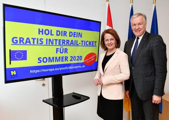 Landesrätin Christiane Teschl-Hofmeister und Landesrat Martin Eichtinger bewerben die neue Einreichfrist für gratis Interrail-Tickets für 18-Jährige