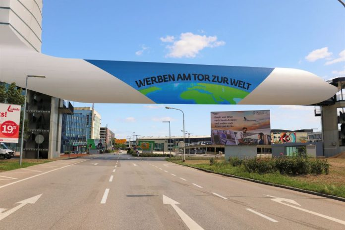 Neuer Blickfang am Flughafen Wien