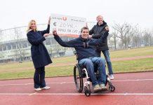 (v.l.n.r.): Anita Gerhardter (CEO bei Wings for Life), Wolfgang Illek (Leiter Fundraising bei Wings for Life) und Peter McDonald (Präsident der SPORTUNION Österreich) vor dem Ernst-Happel-Stadion in Wien
